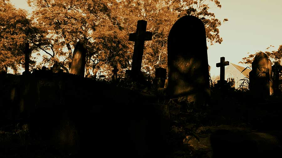 Какой сильный кладбищенский приворот выбрать